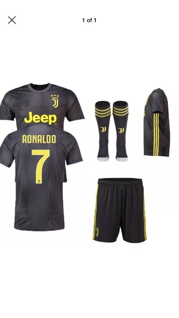 premium selection b0d5c a80e6 Juventus full kit | in Liverpool, Merseyside | Gumtree