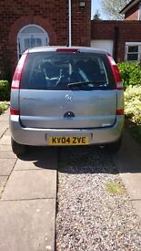 Vauxhall Marita Envoy with disabled lifting equipment
