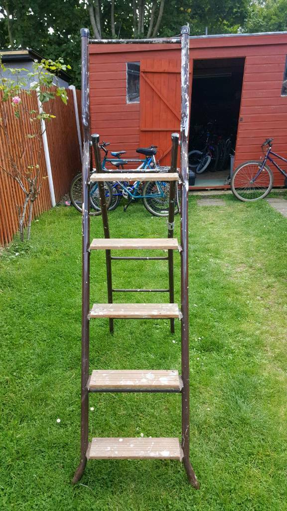 Cheap Ladder in Good Condition