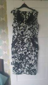 ROMAN black&white fitted dress