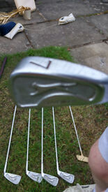 Slazenger Golf clubs set Putter and Woods