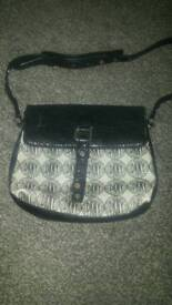 DKNY part leather part material original shoulder bag.