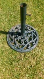 Garden parasol base
