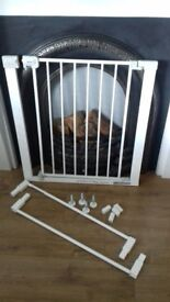 Saftey 1st stairgate plus extensions fits upto 94cm wide