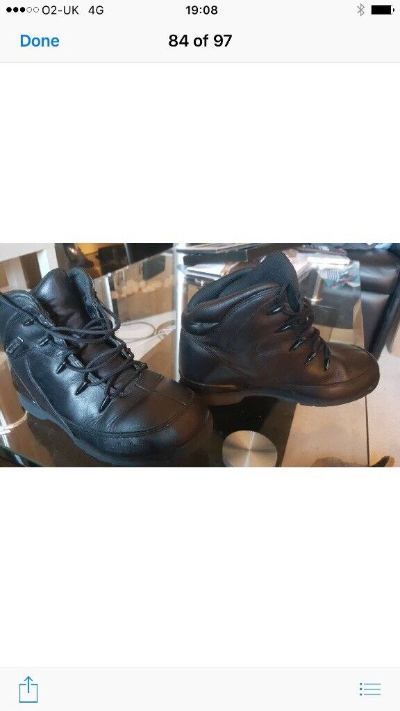 Boys timberland boots size 3