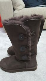 Genuine ugg boots, uk size 6.5,never worn, immaculate condition