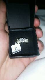 SIZE L cluster ring