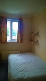 Room available in large split level 2-bed flat share