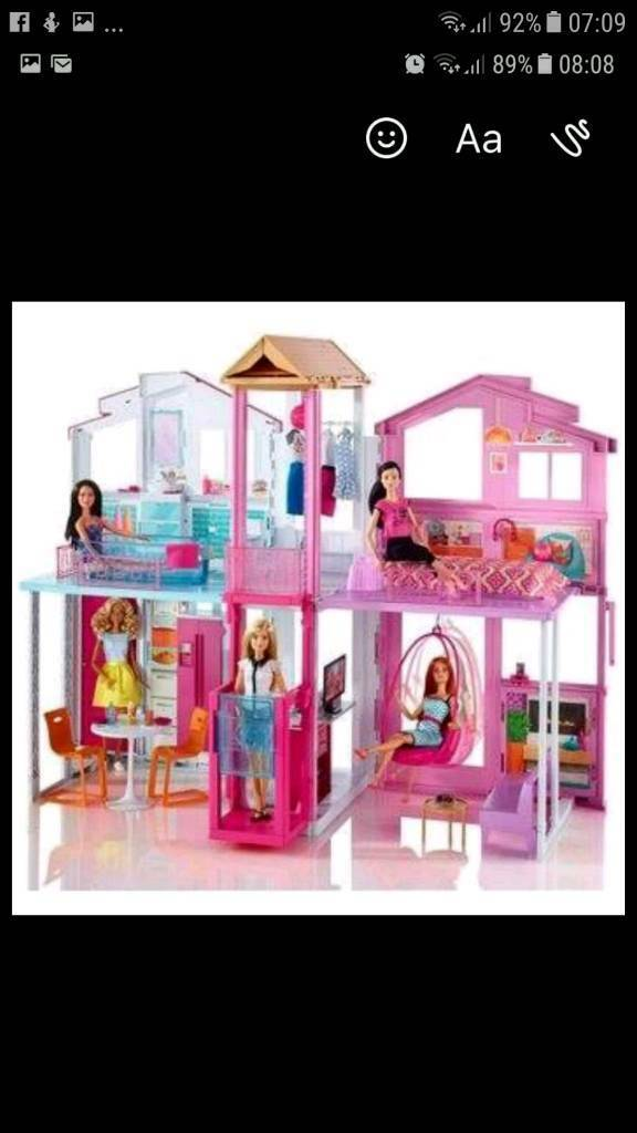 Barbie 3 Story Townhouse barbie complete