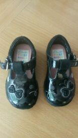 clarks shoes infant size 3f