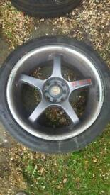 """17"""" alloys with extra tyres"""