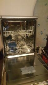 Indesit DFG 15B1 S 60 cm Freestanding Dishwasher - Silver.
