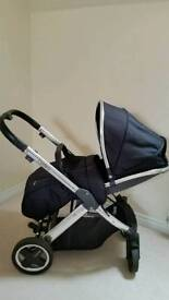 Oyster 2 pushchair with black colour pack,