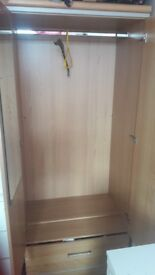 Good condition wooden wadrobe