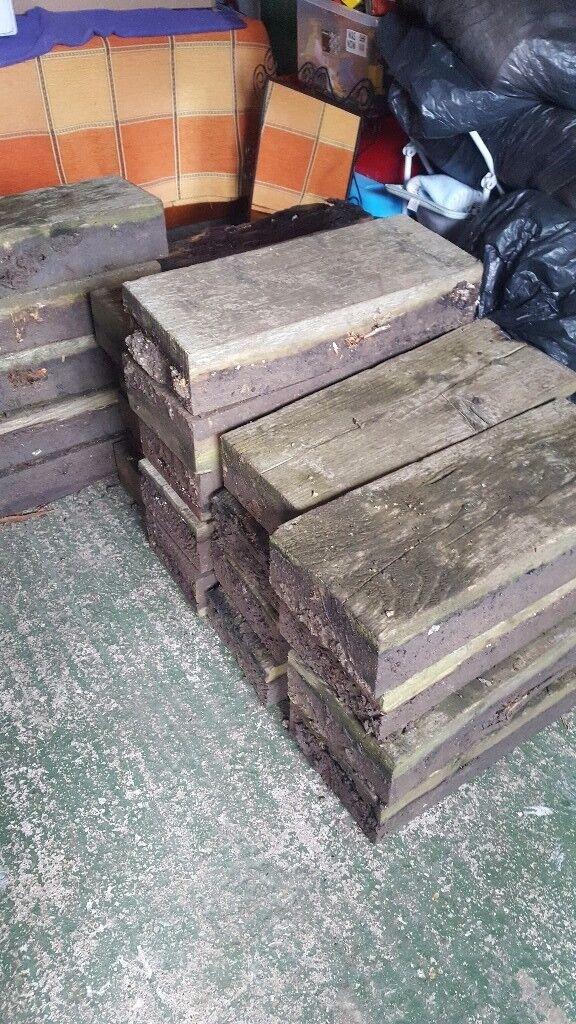 24 wooden sleepers. 64x24x12 cm.