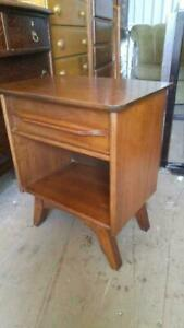 OAKVILLE GIBBARD Lovely MCM NIGHTSTAND 19x14x26h Bedside Table Solid Wood TEAK/WALNUT Made in Canada MINT Mid-Century