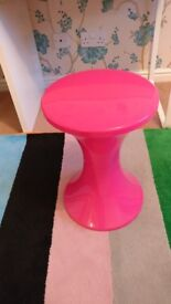 PINK DETACHABLE PLASTIC STOOL