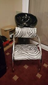 Beauty hair wash stand