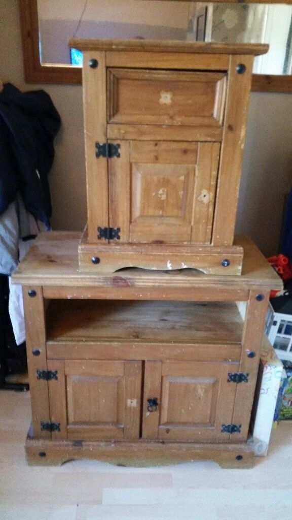 Set of 3 solid pine units and table