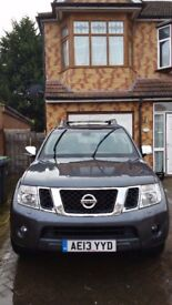 NISSAN NAVARA 2013 FSH FULL LEATHER INTERIOR ALLOY WHEELS TOP CLASS FEATURES SPECIAL EDITION NO VAT