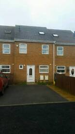 3 bedroom house to rent available now