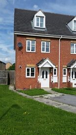 Modern three double bedroomed house for rent close City Centre, motorway links and universities