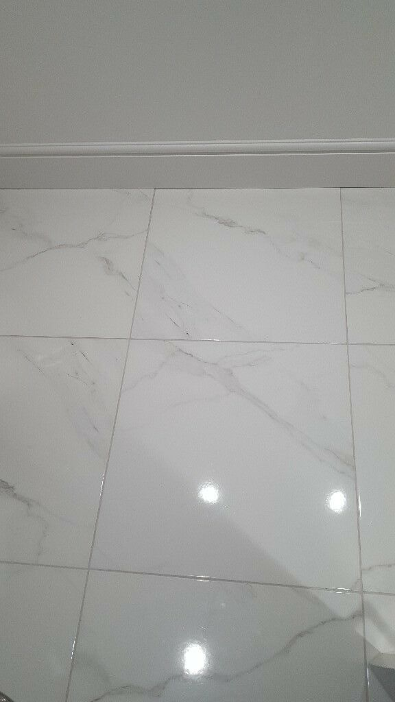 White Marble Effect Gloss Porcelain Floor Tile In Longstone