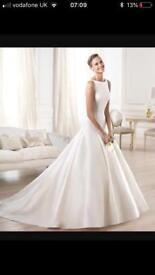 #Final reduction# Brand new Pronovias Wedding Dress