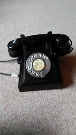 1950 working bakelite telephone