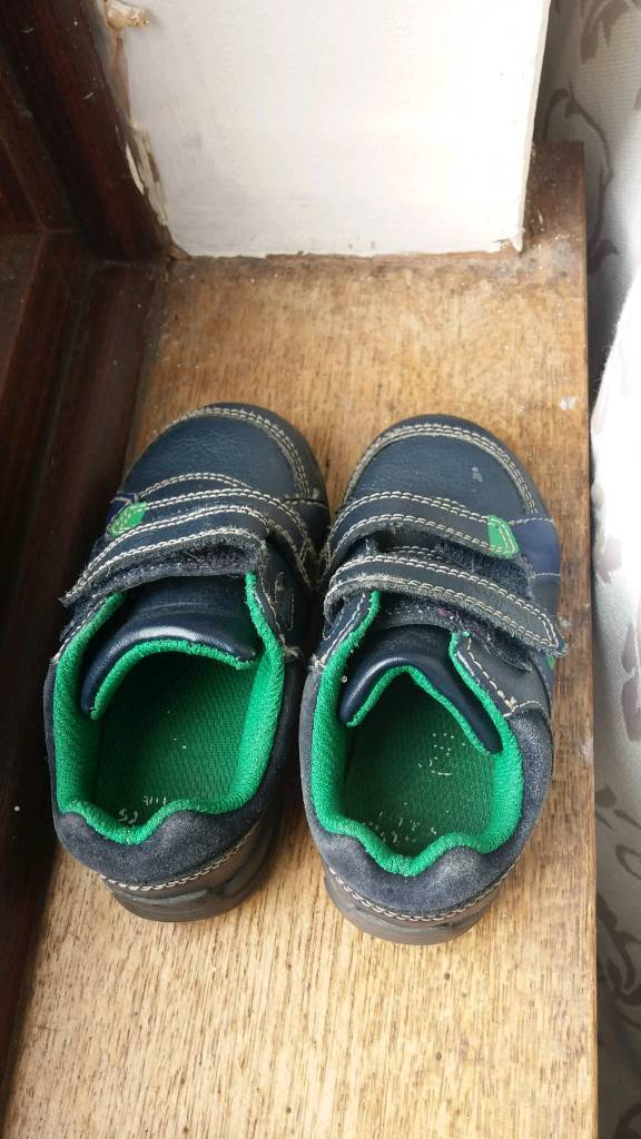 Baby Shoes Size 5s ..