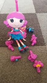La La loopsey mechanical doll with accessories