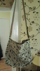 Nearly New Miss Lulu Canvass Shoulder Bag