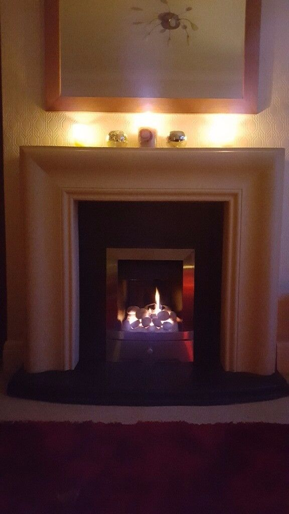Baxi gas Fire and surround including hearth and back