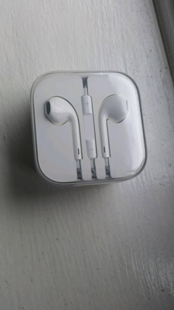 Orignal Apple earphones for All models till 6s