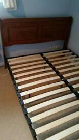 Kingsize sold wood bedframe