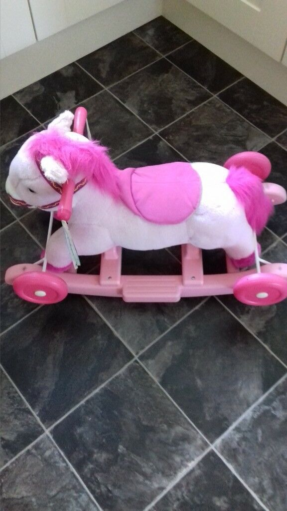 rocking horse suitable for toddler