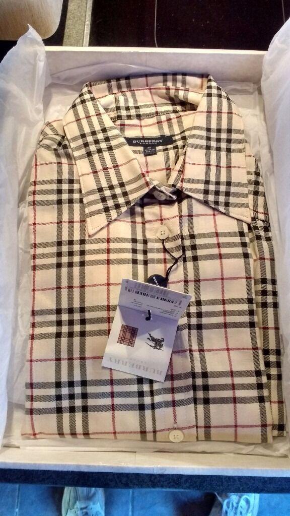 Burberry Woodies Shirt Medium. New