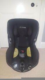 Maxi Cosi Axiss Swivel Car Seat - Group 1 (Selling New at £160+)