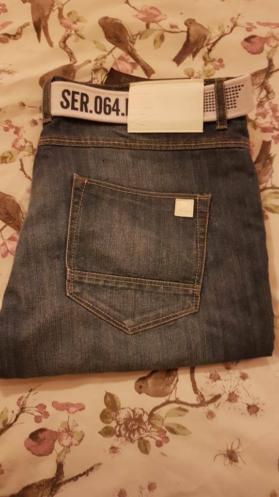 New Mens Jeans