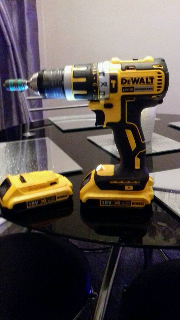 Dewalt 2 speed combi drill excellent condition as new