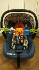 Cosatto car seat, fits on the giggle pram, pushchairs