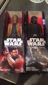 Star Wars Dolls / Figures . New