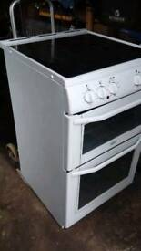 Belling electric cooker...very little use