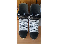EASTON (Bauer) ULTRA LITE PRO - Ice Hockey Skates - Boot size 9E - UK 9.5 - Pro Boots