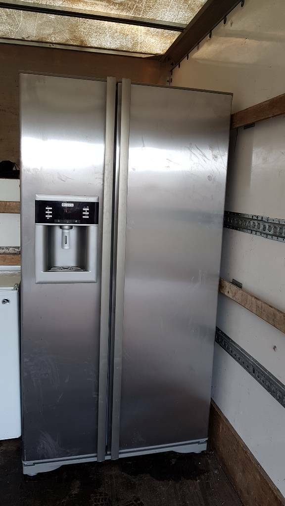 Lamona American Style Fridge Freezer In Silver In