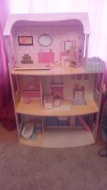 big wooden dolls house + forniture + set barbie.