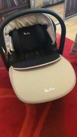 Sliver Cross car seat with Base