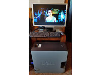"""DELL PC set for basic tasks (internet, office work...) with 22"""" LCD monitor, keyboard and mouse"""