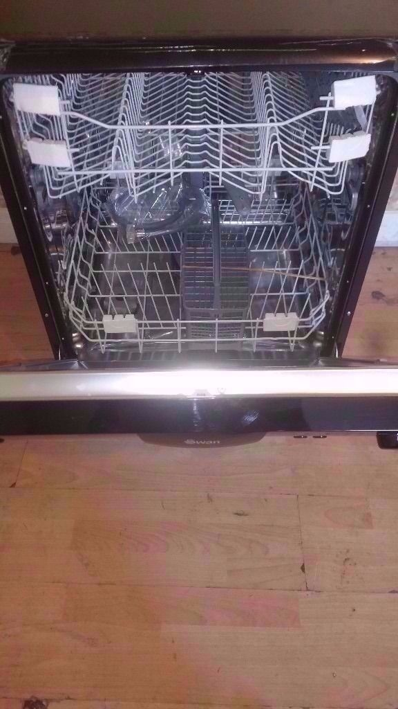 Swan A+Class Black Dishwasher in good condition (£68)