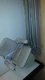 Straight stircase stair lift